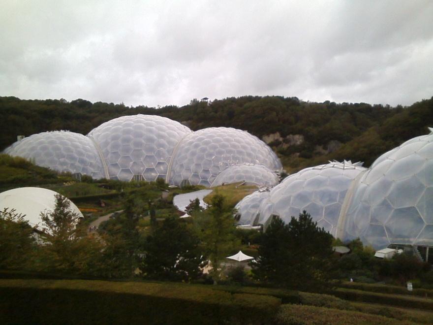 007 SW Eden Proj Biomes