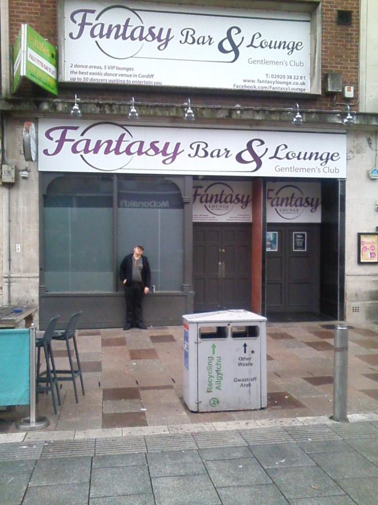 019 W Cardiff Fantasy Bar